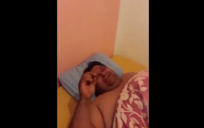 Kef : Cloué au lit à cause de son obésité, il appelle à l'aide