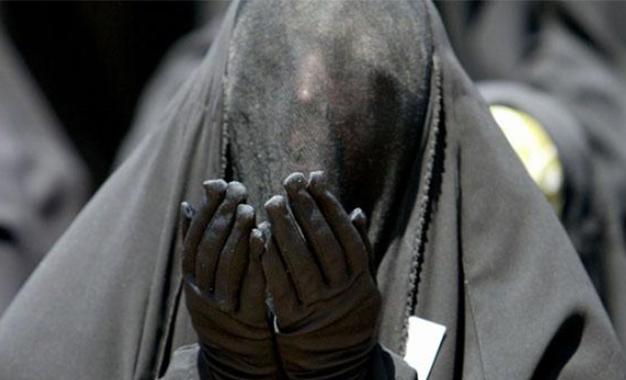 Niqab- femme niqabée- kébili