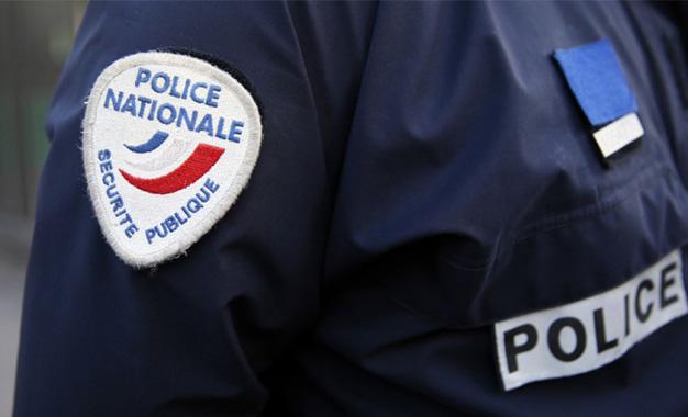 Un voleur frappé et poignardé par des passants — Paris