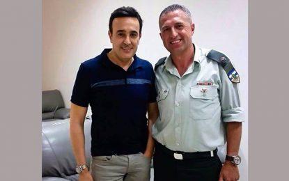 La photo de Saber Rebaï avec un policier «israélien» fait grincer des dents