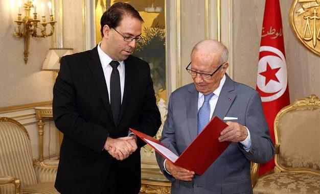 Gouvernement : Youssef Chahed ne doit pas céder aux pressions