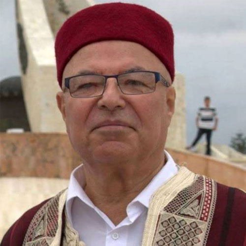 Jacques-Lombard-en-jebba-et-chechia-tunisienne
