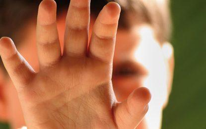 Sousse : Un enfant handicapé mental poignardé dans la rue