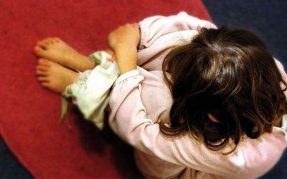 Sousse : Il viole une fillette de 9 ans et la photographie nue