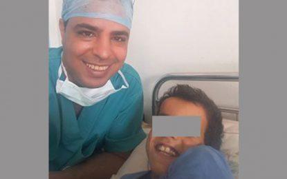 Mohamed et Dr Samir: L'enfant déscolarisé et le médecin citoyen