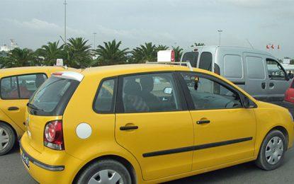 Les taxistes menacent de grève suite au décès de leur collègue