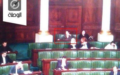 Assemblée : Wafa Makhlouf épinglée en flagrant délit de triche