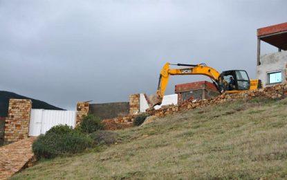 Béja – Cap Négro : Démolition de constructions illégales