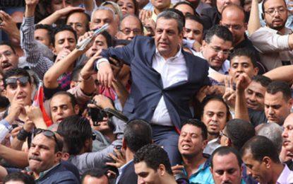 Egypte: Deux ans de prison pour le président du syndicat des journalistes