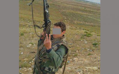 Gafsa : Un soldat met le feu à son corps