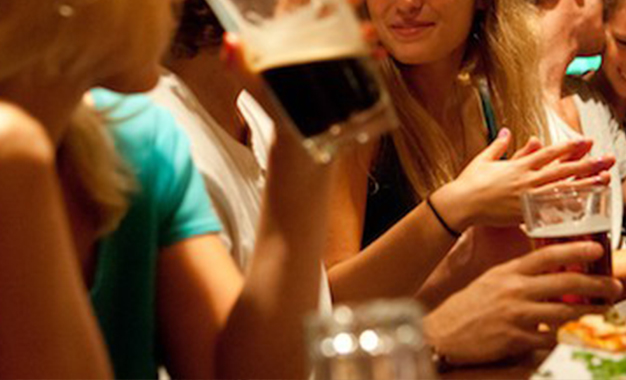 tunisie-arrestation-bar-filles-alcool