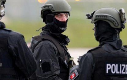 L'Allemagne expulse 3 Tunisiens pour terrorisme, la Tunisie en relâche 2
