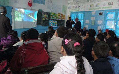 Y a-t-il encore une école en Tunisie?