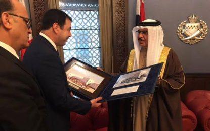Hedi Majdoub en visite au Bahreïn