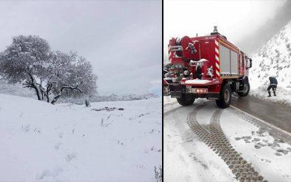 Jendouba : Nouvelles chutes de neige et perturbation du trafic routier