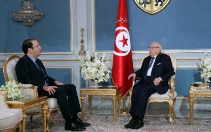 Caïd Essebsi reçoit Chahed : Accélérer l'investissement dans les régions