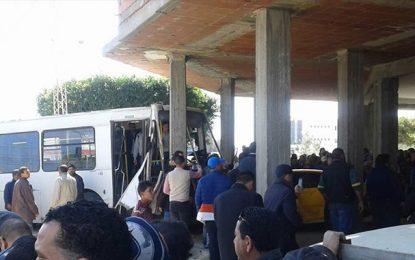 Un bus fonce sur un café à Mahdia : Un mort et 4 blessés