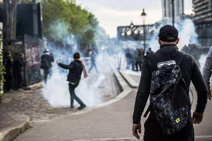 Affrontements en France