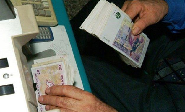 Tunisie : Vers une nouvelle vague de baisse du dinar !