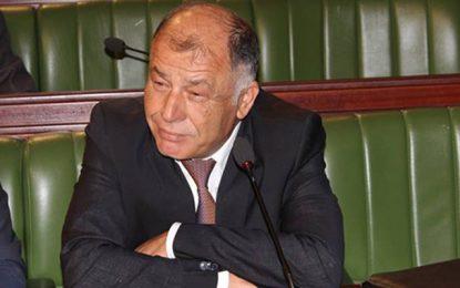 Youssef Chahed limoge Neji Jalloul, le jour de la fête du travail