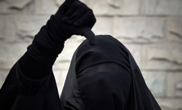 Sahline ( Monastir): Une niqabée arrêtée pour avoir surveillé des policiers Niqabée-niqab