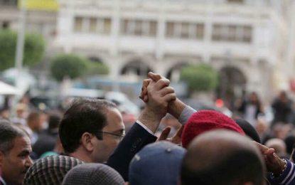 Soutien des Tunisiens à Chahed dans sa guerre contre les corrompus