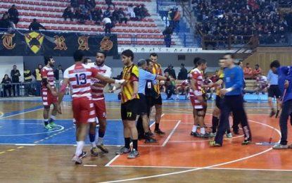 Handball-Play off : Espérance-Club africain à huis-clos à la salle Zouaoui
