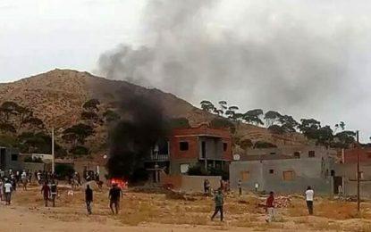 Heurts à Sidi Bouzid : Un mort et des maisons incendiées