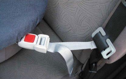 Sijoumi : Il vole un bébé à l'intérieur d'une voiture