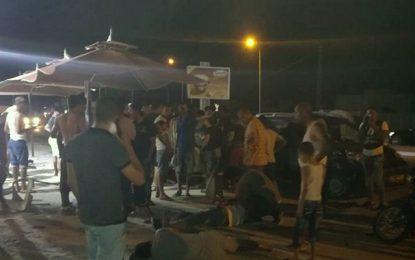 Sfax : Un chauffard fonce sur la terrasse d'un café