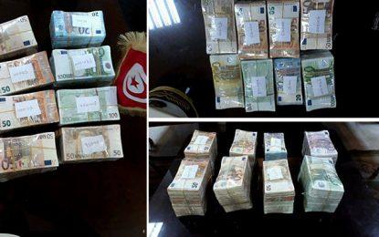 Saisie de 2,5 MDT en devises à Ras Jedir