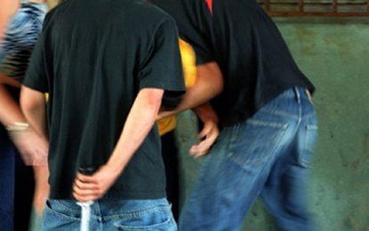 Sfax : Trois hommes violent leur «ami» !