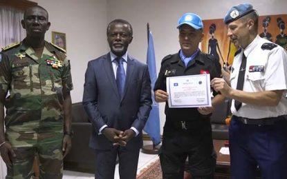 Centrafrique : Un officier tunisien honoré pour sa bravoure