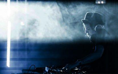 Art féministe : Eme DJ au festival Chouftouhonna