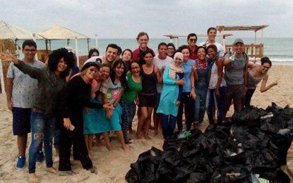 Campagne pour nettoyer les plages tunisiennes