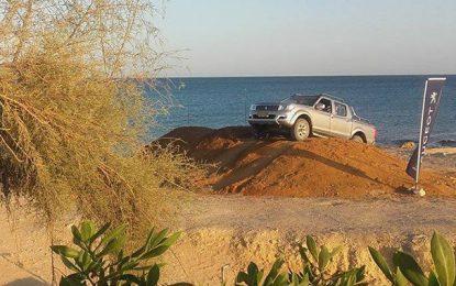Auto : Le nouveau Peugeot Pick Up se plait en Tunisie