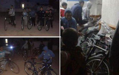 Djerba : La prière contre une bicyclette