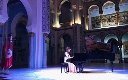 La pianiste marocaine Nour Ayadi enchante l'Octobre Musical
