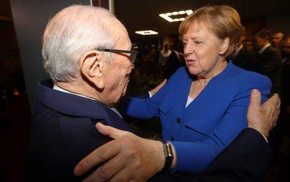 Abidjan : Merkel souhaite un joyeux anniversaire à Caid Essebsi