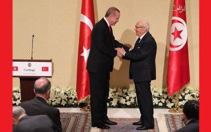 Erdogan à Tunis : Tapis rouge pour un atroce dictateur