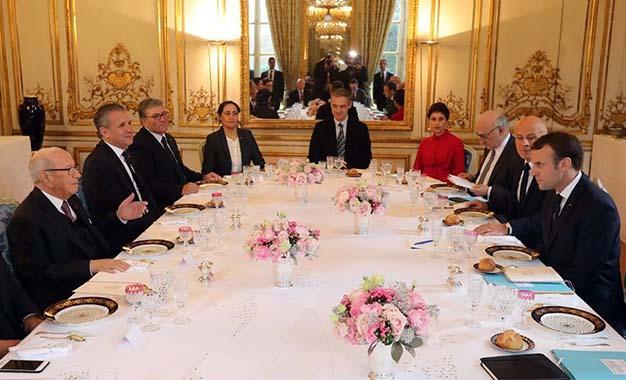 Tunisie : Béji Caid Essebsi quitte tunis, à destination de Paris