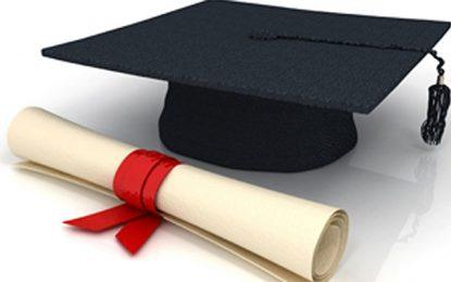 Bientôt, une base de données « Jeunes diplômés docteurs »