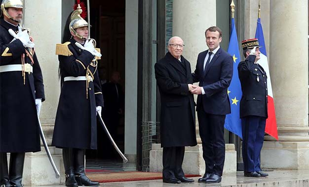 Macron promet d'aider à retirer la Tunisie de la liste noire