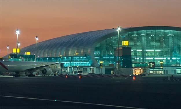 Affaire Emirates : Des partis politiques s'indignent