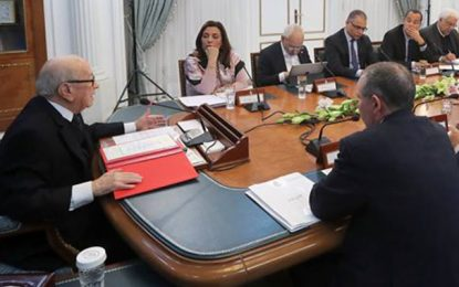 Clash entre Bouchamaoui et Taboubi : Caïd Essebsi intervient