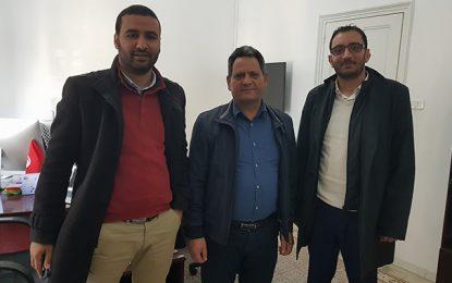 Yassine Ayari se plaint des journaux électroniques auprès du SNJT