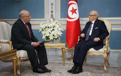 Tunisie : Béji Caid Essebsi approuve le limogeage de Chedly Ayari