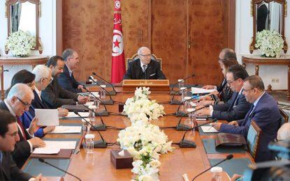 Désaccords de Carthage : La Tunisie dans le manège des commissions