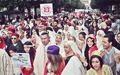 Dimanche à Tunis : La grande marche pour l'habit traditionnel