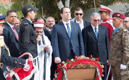 Ben Guerdane : Youssef Chahed inaugure un monument aux martyrs